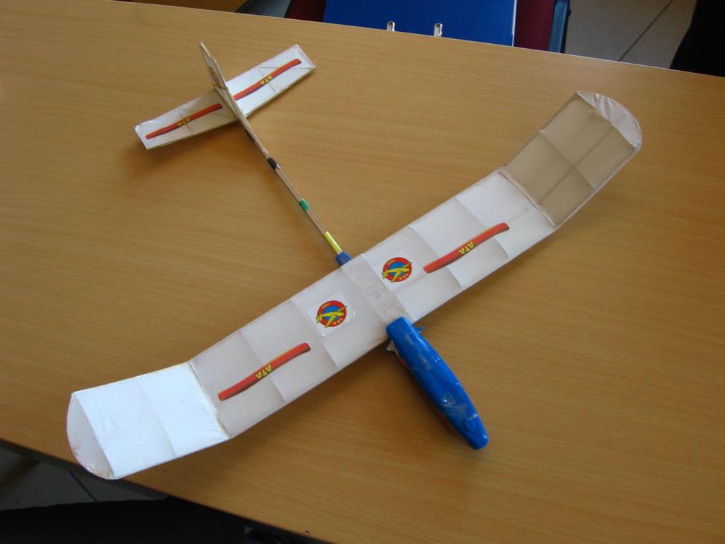 ata-model-uçak