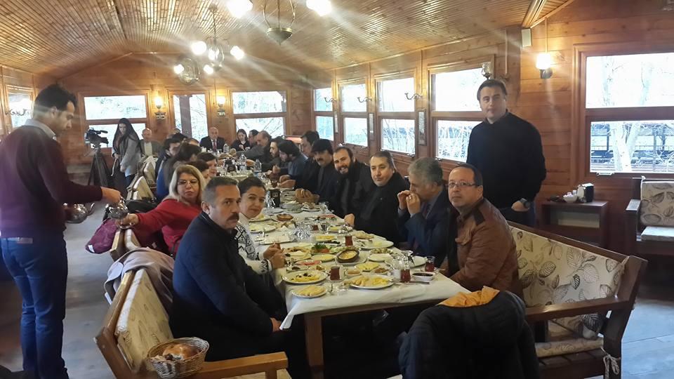 Sözen, Gazeteciler ile kahvaltıda buluştu
