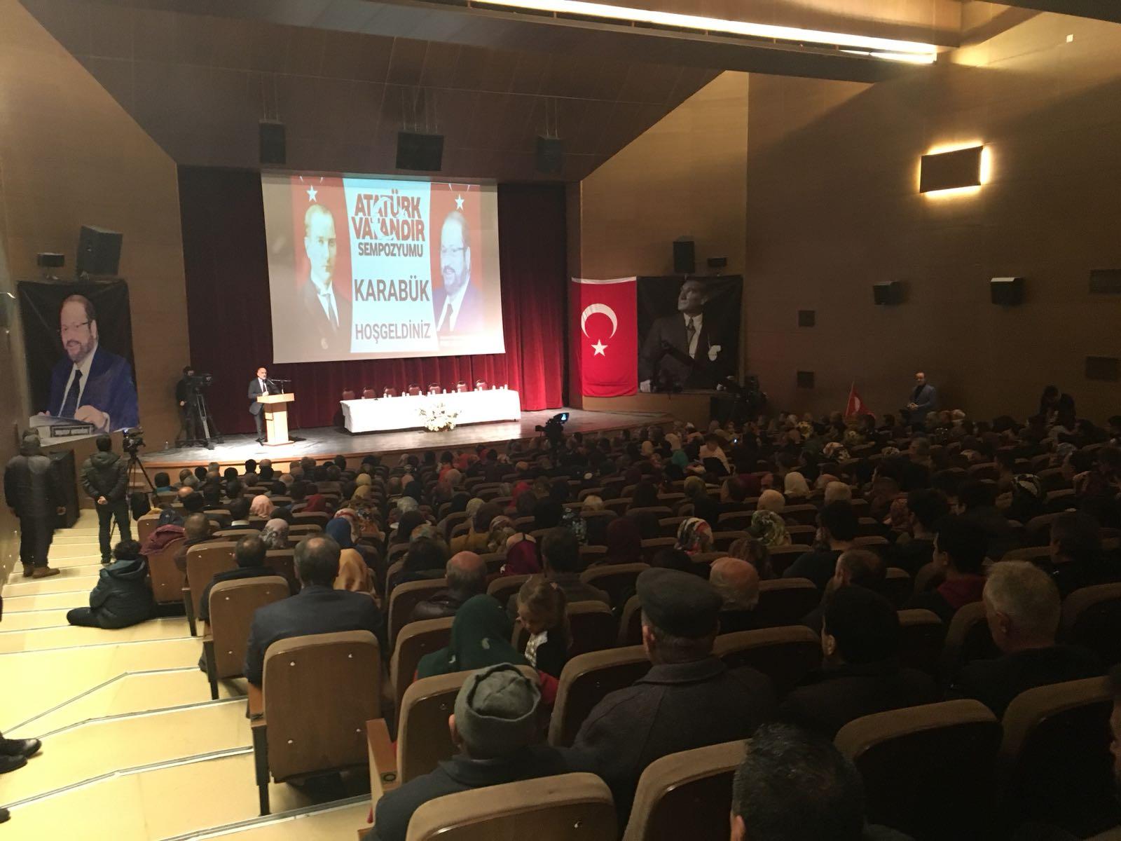 Atatürk Vatandır Sempozyumu Yapıldı
