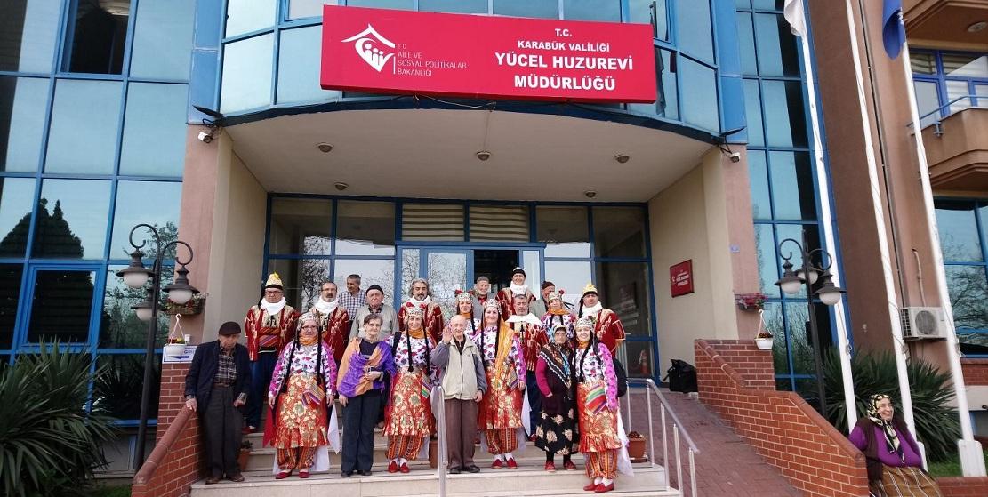 Safran Halk Dansları grubundan anlamlı ziyaret.