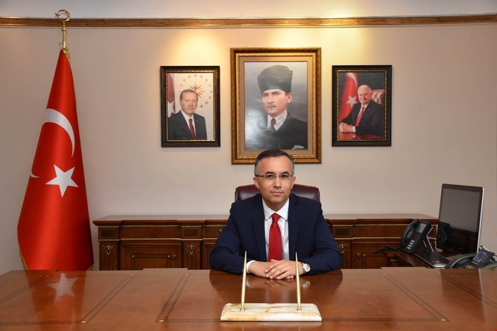 Vali Kemal Çeber'in 12 Mart İstiklal Marşı'nın Kabulü mesajı: