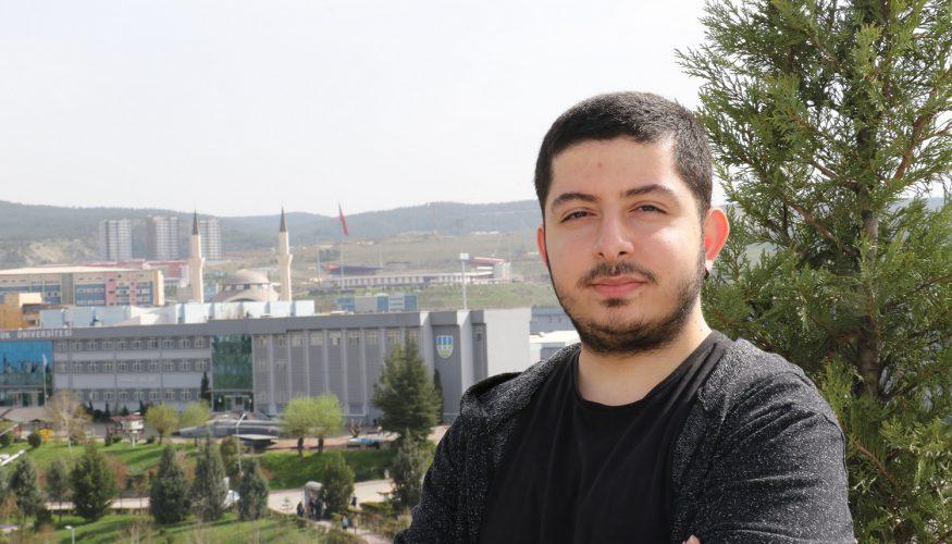 """KBÜ öğrencisi """"Genç Çevirmenler"""" yarışmasında 3. oldu"""