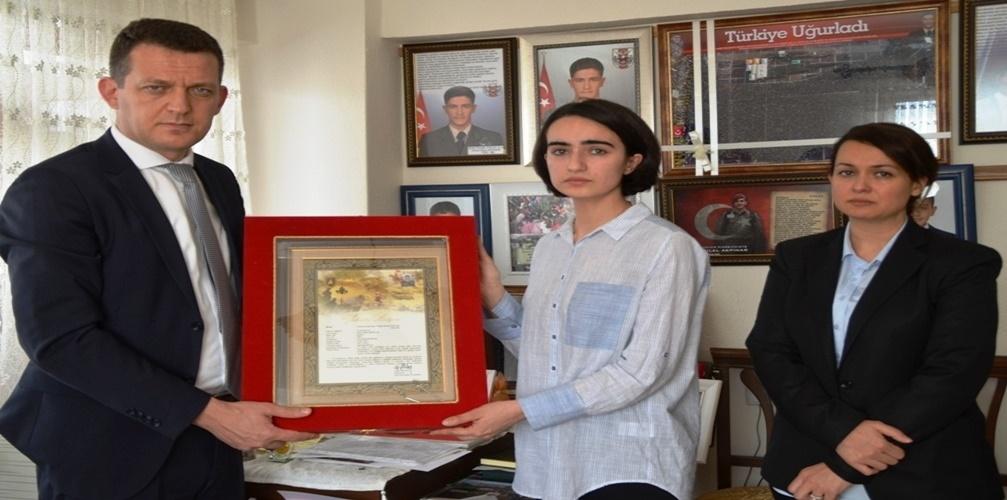 Şehit Ömer Bilal Akpınar'ın Şehadet Belgesi Teslim Edildi