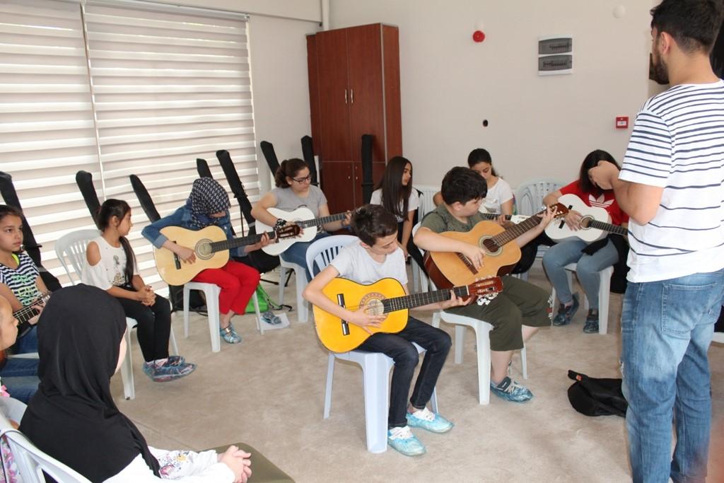 Müzik Okuluna Yoğun İlgi Gösteriliyor